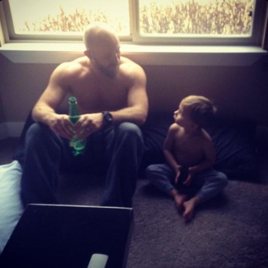 Джош Буркман с сыном