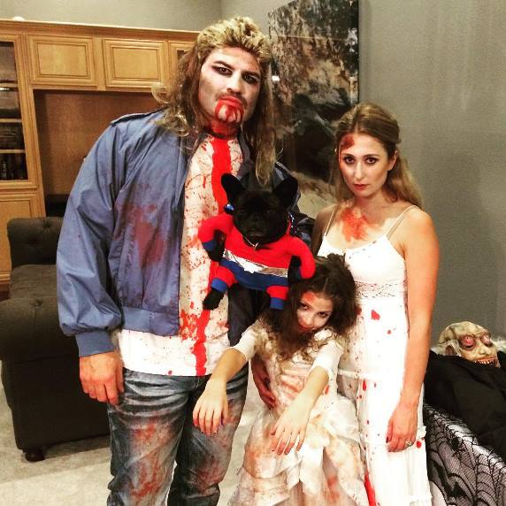 Кейн Веласкес с семьей
