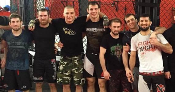 Никита Крылов с бойцами Fight Nights