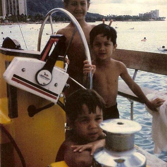 Би Джей Пенн с братьями
