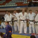 Федор Емельяненко ( в центре)