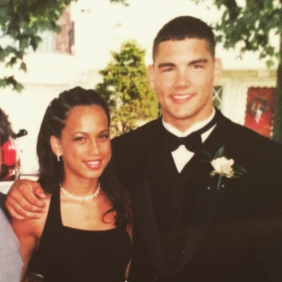 Крис Уайдман с будущей супругой, 2002 год