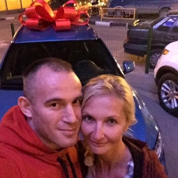 Алексей Олейник с супругой