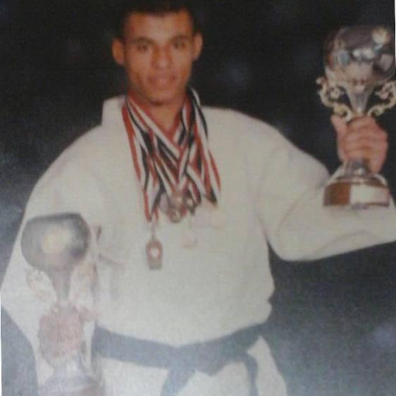 Али Абдель-Азиз, 17 лет