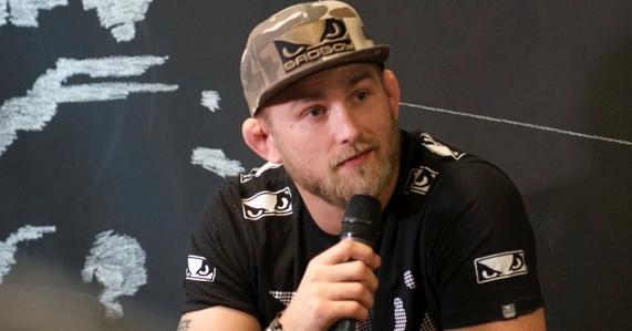 Александр Густафссон