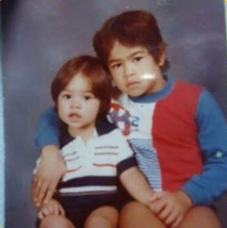 Антонио Силва с младшим братом