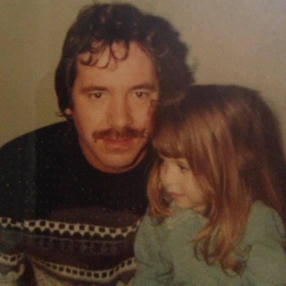 Карли Бэйкер с отцом