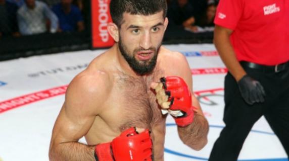 Бойцу Мирзаеву пытались сломать ноги идушили его цепью