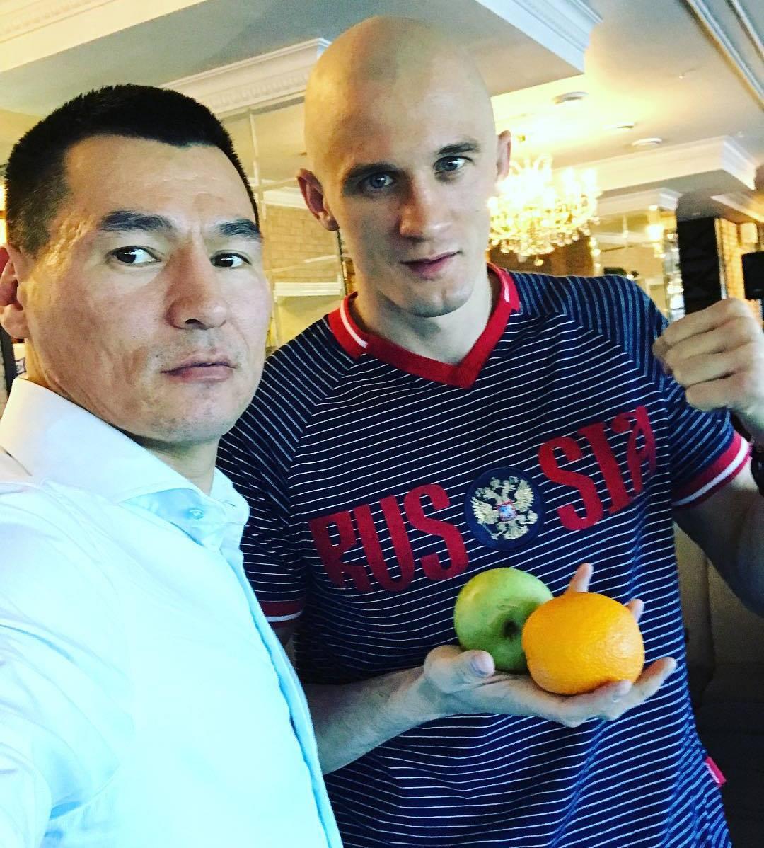 Бату Хасиков, Алексей Иванов