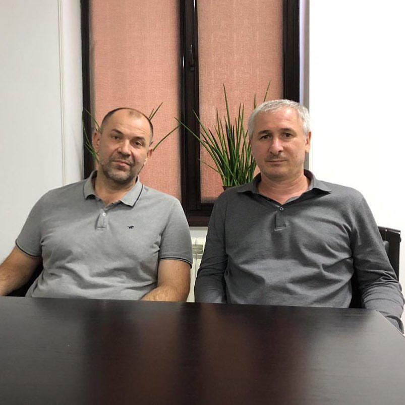 Алексей Яценко (слева)